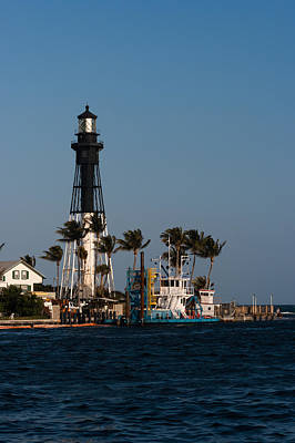 Photograph - Hillsboro Inlet Lighthouse by Ed Gleichman