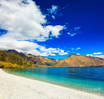 Lake Wakatipu Art Print by MotHaiBaPhoto Prints