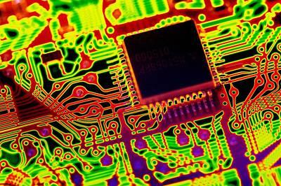 Microprocessor Chip, Computer Artwork Art Print by Pasieka