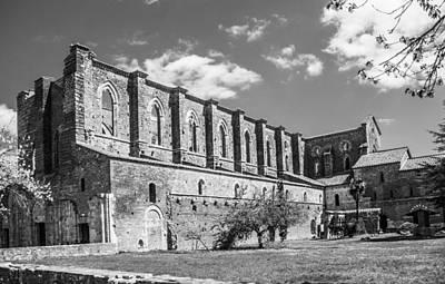 Hulk Photograph - San Galgano Abbey by Ralf Kaiser