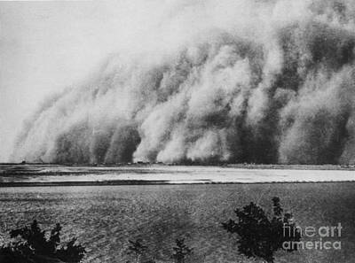 Sirocco Photograph - Sandstorm, Sudan, 1906 by Science Source