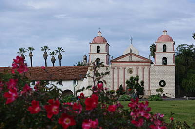 Photograph - Santa Barbara Mission by Jeff Lowe