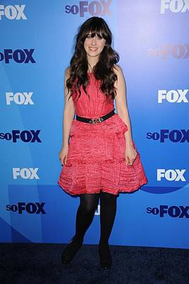 Zooey Deschanel At Arrivals For Fox Art Print