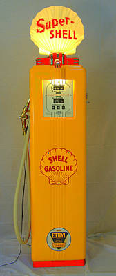 Photograph - Antique Gas Pump by David Campione
