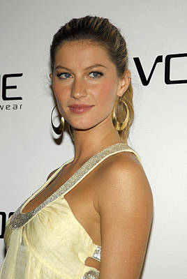 Gisele Bundchen At Arrivals For Vogue Art Print