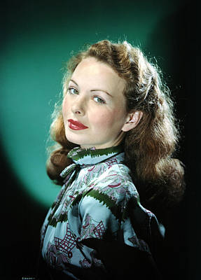 Puffed Sleeves Photograph - Jeanne Crain by Everett