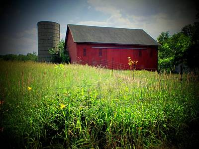 Indiana Landscapes Photograph - Red Barn by Michael L Kimble