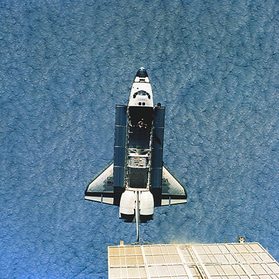 Space Shuttle Atlantis Art Print by Science Source