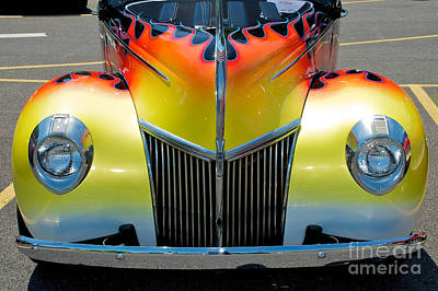 39 Ford Deluxe Hot Rod Grill Art Print