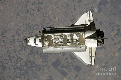 Ov-105 Photograph - Space Shuttle Endeavour by Stocktrek Images