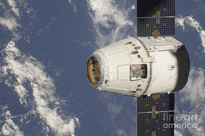 New Years Royalty Free Images - The Spacex Dragon Commercial Cargo Royalty-Free Image by Stocktrek Images
