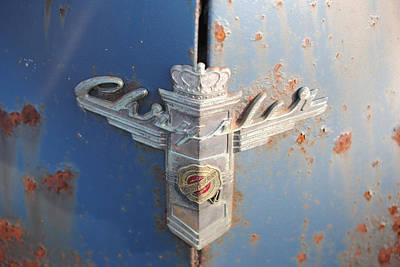 48 Chrysler Hood Emblem Art Print by Gordon H Rohrbaugh Jr