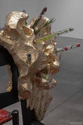 Deng Guo Yuan Sculpture - Detail by Deng Guo Yuan