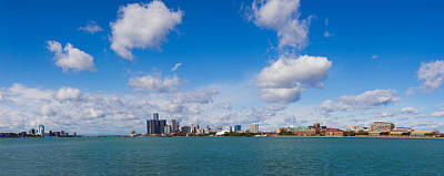 Renaissance Center Photograph - Detroit Michigan Skyline by Twenty Two North Photography