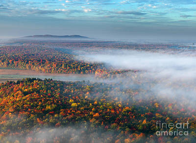 Early Autumn Morning Fog On The Richelieu River Valley Quebec Ca Art Print