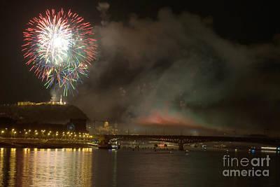 Travel - Firework by Odon Czintos