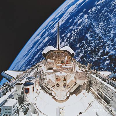 Space Shuttle Atlantis Art Print by Science Source