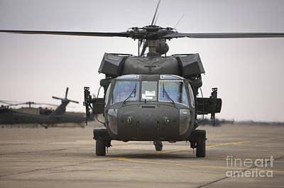 A Uh-60 Black Hawk Taxis Art Print