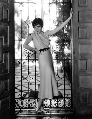 Claudette Colbert, Paramount Pictures Art Print by Everett