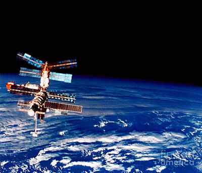 Photograph - Mir Space Station by Nasa
