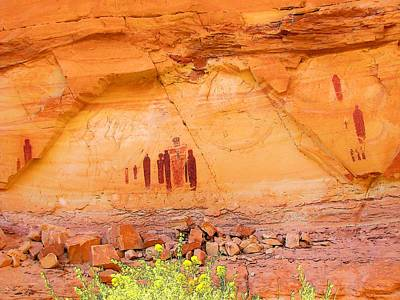 Photograph - Barrier Canyon Style Rock Art by Lisa Dunn