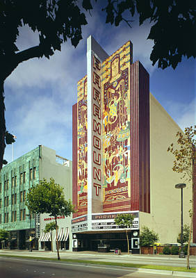 Movie Theaters, The Paramount Theatre Print by Everett