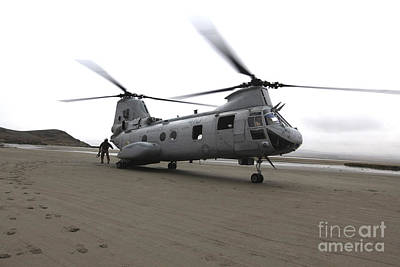 Knights Beach Photograph - A Ch-46 Sea Knight Helicopter by Stocktrek Images