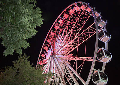 Y120817 Photograph - A Ferris Wheel Operating At The Victoria And Albert Waterfront At Night by Rainer Schimpf