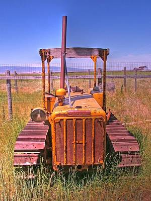 Photograph - A Forgoten Dozer by Ken Smith