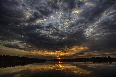Photograph - A Golden Sky by Richard Lee