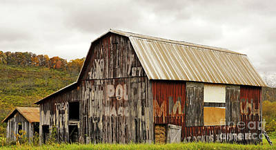 Photograph - A Mail Pouch Barn In West Virginia by Kathleen K Parker