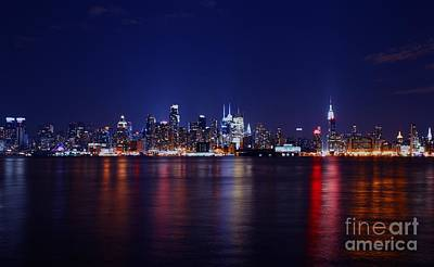 Photograph - A Night In Nyc by Lee Dos Santos