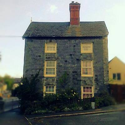 Victorian Wall Art - Photograph - A #slate -covered #house In #newtown by Alexandra Cook