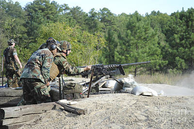 A Soldier Charges A .50-caliber Machine Art Print