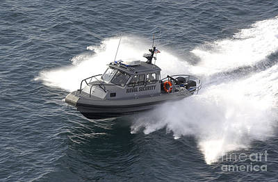 Red Roses - A U.s. Naval Security Sea-ark, 28-foot by Stocktrek Images