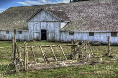 Photograph - Abandoned Barn by Eddie Yerkish