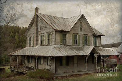 Old Abandoned Farmhouse Photograph - Abandoned Homestead by John Stephens