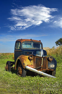 Antique Ford Truck Grill Photograph - Abandoned Rusty Truck by Jill Battaglia