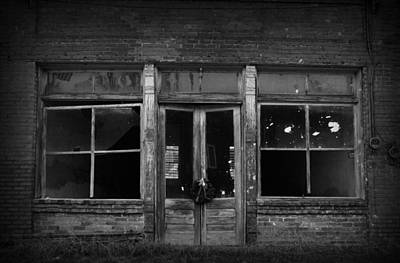 Photograph - Abandoned Storefront by Kelly Hazel