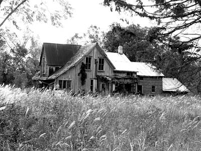 Mixed Media - Abandonned Farmhouse In Black And White by Bruce Ritchie