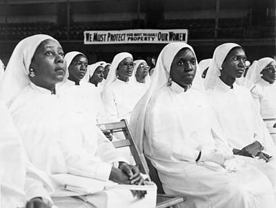 African American Women Dressed In White Art Print by Everett