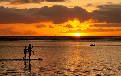Photograph - Ala Moana Sunset by Brian Governale