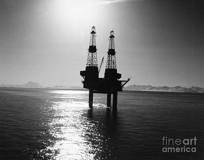 Photograph - Alaska: Oil Rig, 1960s by Granger