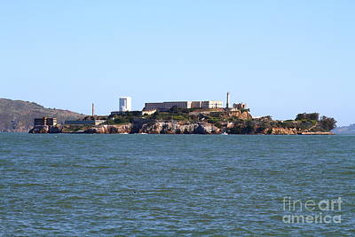 Alcatraz Photograph - Alcatraz Island In San Francisco California . West Side . 7d14007 by Wingsdomain Art and Photography