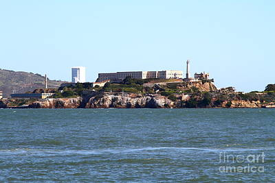 Alcatraz Photograph - Alcatraz Island In San Francisco California . West Side . 7d14031 by Wingsdomain Art and Photography
