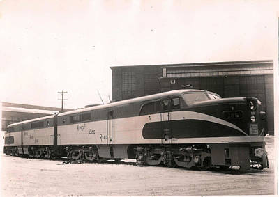 Photograph - Alcoa Ge Passenger Locomotive by Lawrence Christopher