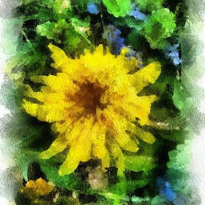 Abstract Flowers Wall Art - Photograph - all That Glitters Isn't Gold by Carrie Mroczkowski