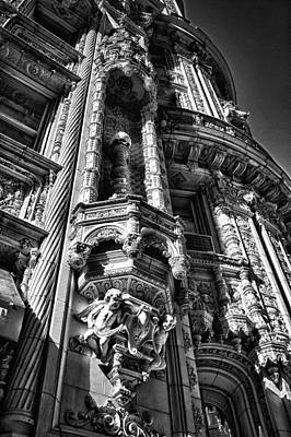 Photograph - Alwyn Court Building Detail 3 by Val Black Russian Tourchin