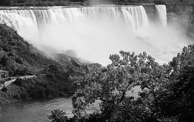 Photograph - American Falls At Niagara by Andrew Fare
