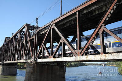 Photograph - Amtrak California Crossing The Old Sacramento Southern Pacific Train Bridge . 5d18568 by Wingsdomain Art and Photography